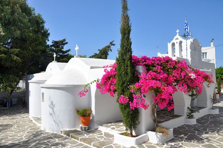 Greek white church in Drios town, Alonissos island 版權商用圖片