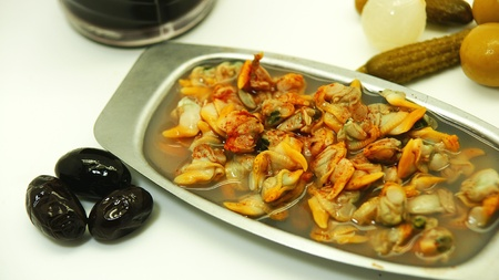 cockles: cockles in its sauce