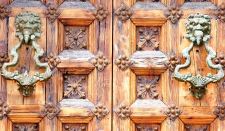 cel: Dettaglio della porta del Palazzo di Mar e Cel a Sitges, Barcellona, ??per i fondi e le strutture