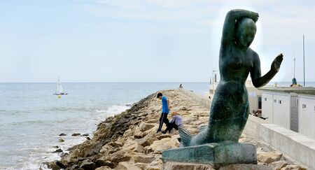 populate: Sculpture of Sitges s sirenita, Barcelona