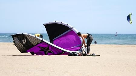 kitesurf: Kitesurf in Castelldefels s beach, Barcelona