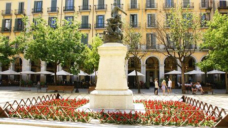 Sculpture of Puig i Gibert in the square of the Independence of Girona, Spain Stock Photo