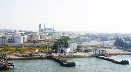 paesaggio industriale: Industrial landscape on the coast of Tunis