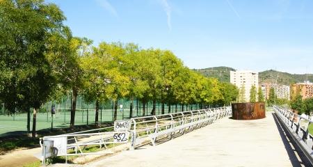 foci: Fields of tennis in the Vall de Hebr�n in Barcelona