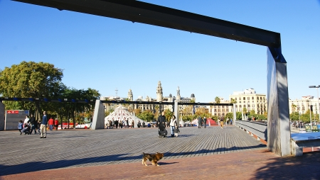 moll: Gardens of the Moll of the Fusta in the port of Barcelona