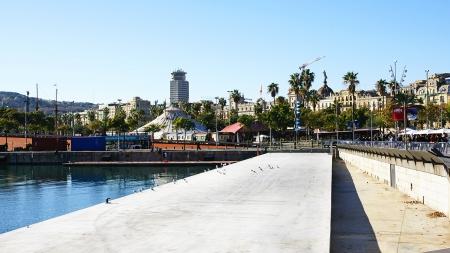 moll: Panoramic of the Moll de la Fusta in the port of Barcelona Editorial