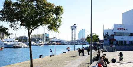 moll: Port and gardens of Moll of the Fusta, Barcelona Editorial