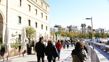 moll: Stroll close to the Palau of the Sea in Moll of the Fusta, Barcelona