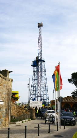 Watchtower of the fairground of the mountain of the Tibidabo, Barcelona Stock Photo - 17298091