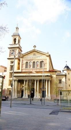 edificación: Iglesia de San Gervasio y Protasio en Barcelona Foto de archivo