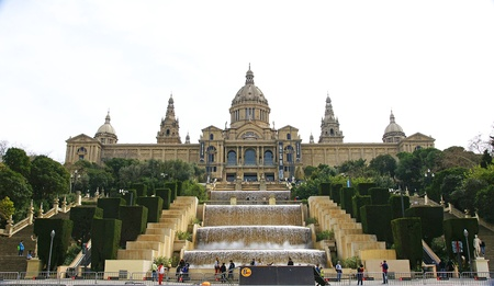 National Palace of Catalunya with Waterfalls of Montju�c s sources in Barcelona Stock Photo - 19276315