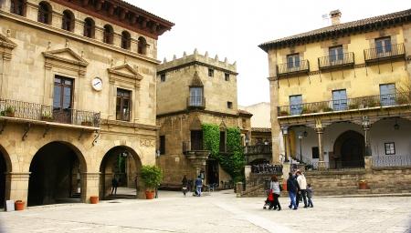 pueblo: Panoramic of the Pueblo Espa�ol in Barcelona