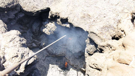 intestinos: Fuego en las entra�as de la tierra, Parque Nacional de Timanfaya en Lanzarote, Islas Canarias