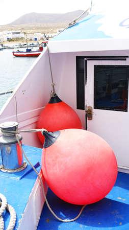 boyas: Boyas y cuerdas Ferry La Graciosa, Islas Canarias