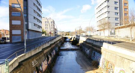 eau de pluie: Canaliser les eaux de pluie � Terrassa, Barcelone