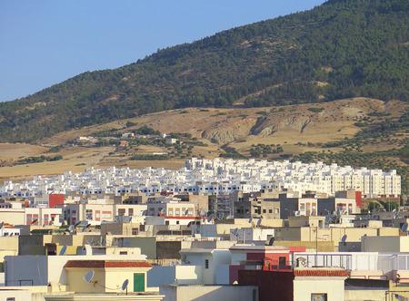 afrique du nord: Vue d'ensemble d'une ville du Maroc, l'Afrique du Nord