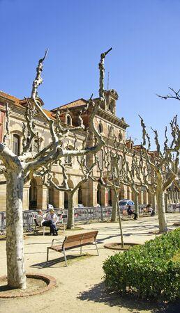 guardar silencio: Edificio del Parlamento de Catalunya, Barcelona