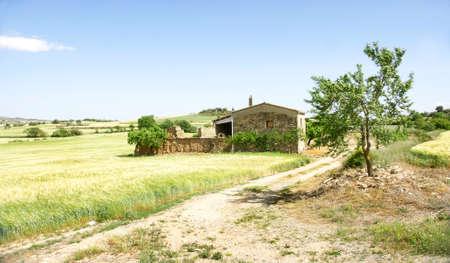 farmhouse: Farmhouse Lleida