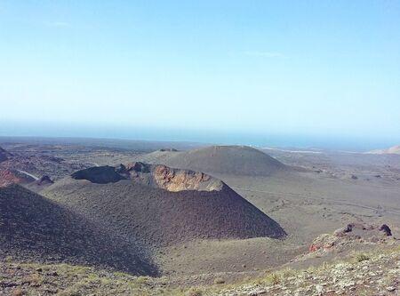 ランサローテ島、カナリア諸島、スペインの火山の風景 写真素材 - 84483245