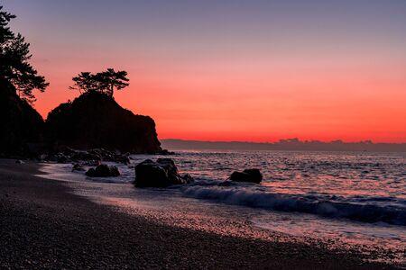 Sunrise at Urakatsurahama Beach 写真素材
