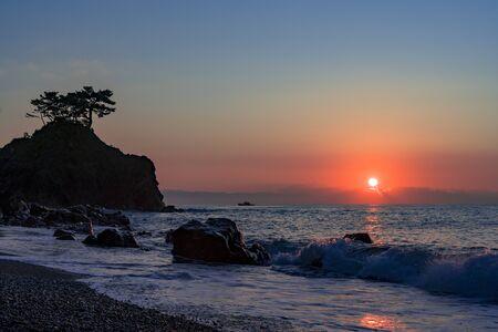 Sunrise at Urakatsurahama Beach Stok Fotoğraf - 148842747