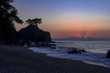 Sunrise at Urakatsurahama Beach Stok Fotoğraf - 148842786