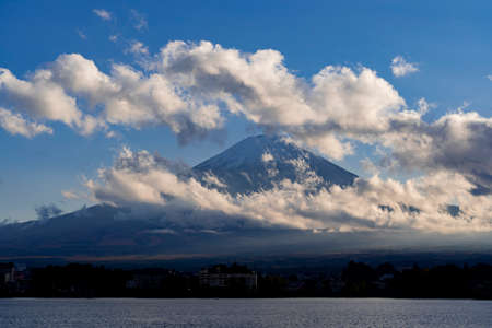 Kawaguchiko lake and Mt. Fuji evening view