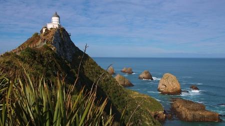 ka: Lighthouse at Nugget Point (Ka Tokata), Catlins, New Zealand