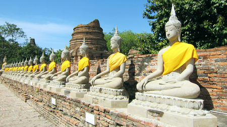 repetition: Repetition of Buddha Statue
