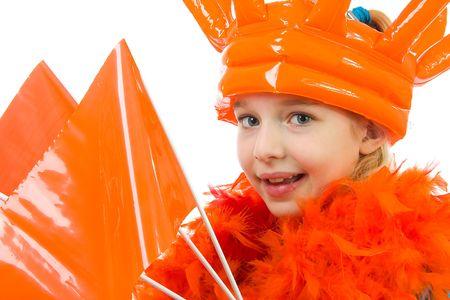 Meisje is in oranje uitrusting voor voet bal spel of queensday die op een witte achtergrond Stockfoto - 6450773