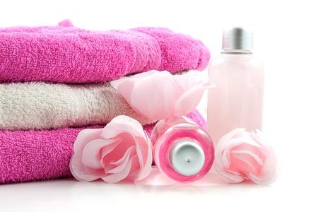 Rosa farbigen Spa Zubehör über white background