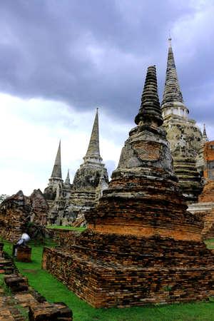 wat: wat mongkol bophit temple ayutthaya ,wat mahathat
