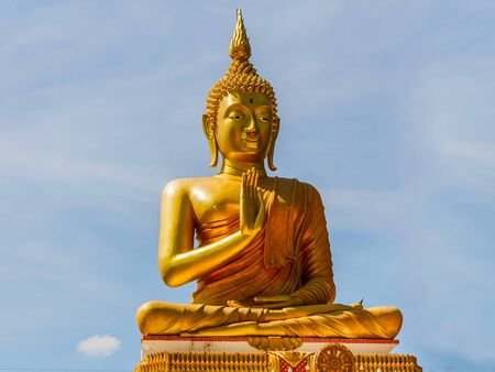 buddha statue: Big Golden Buddha statue in Thailand temple