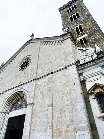 cattedrale: Italia, Sarzana, facciata della della cattedrale
