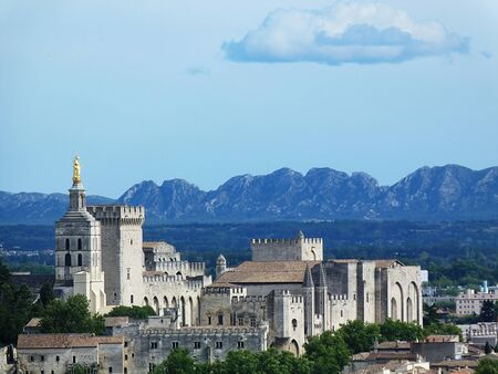 Palace of the Popes in Avignon photo