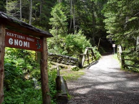kabouters: Pad van de kabouters, Tenna, Trentino, Italië