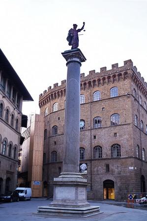 trinita: Column of justice, Piazza di Santa Trinita, Florence, Italy