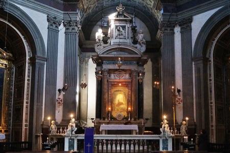 humildad: Interior de la Bas�lica de Santa Mar�a la humildad, Pistoia, Toscana, Italia