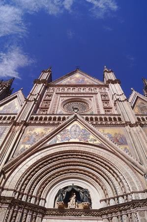 Facade of Orvieto cathedral, Italy 版權商用圖片