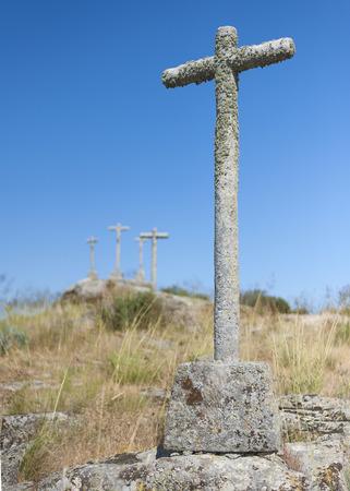 cartilla: Diversas cruces enfocada Sobre el PRIMER PLANO Foto de archivo