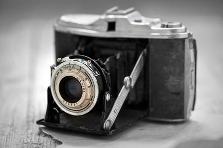 cámara en la fotografía en blanco y negro de la década de 1930 Foto de archivo