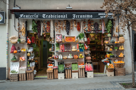 Fruit shop with the genre exposed in the street as it was formerly in the streets of Madrid