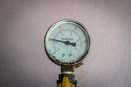 gage: Pressure Gage