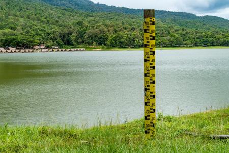 depth gauge: Water level pole at the lake