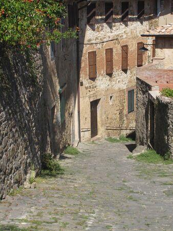 Straat in Montalcino Redactioneel