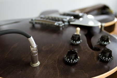 e guitar: Close up semi hollow with conect cable