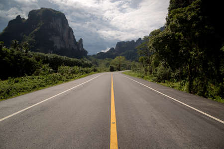 Beautiful romantic mountain route in Thailand, Curve of road, tropical road in jungle, Scenic view. Road Landscape Northern part Thailand Imagens