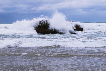 Waves on rocks Stock Photo - 13628156