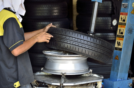 high performance: Change the tires or wheel with high performance machine in the automobile repair shops.