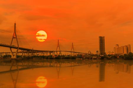 bhumibol: Bhumibol Bridge at sunset in Bangkok, Thailand